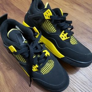 Shoes/ Jordans Brand New Never used